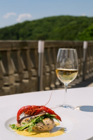 Cray Fish With Wine