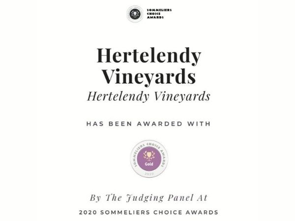 Winner of a gold medal at the 2020 Sommeliers Choice Awards, this wine comes with high recommendation from Sommeliers Business